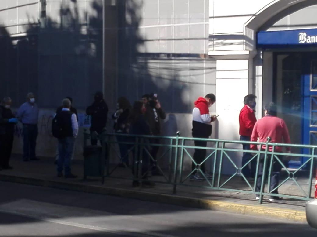 Tránsito peatonal y vehícular en Temuco (2).