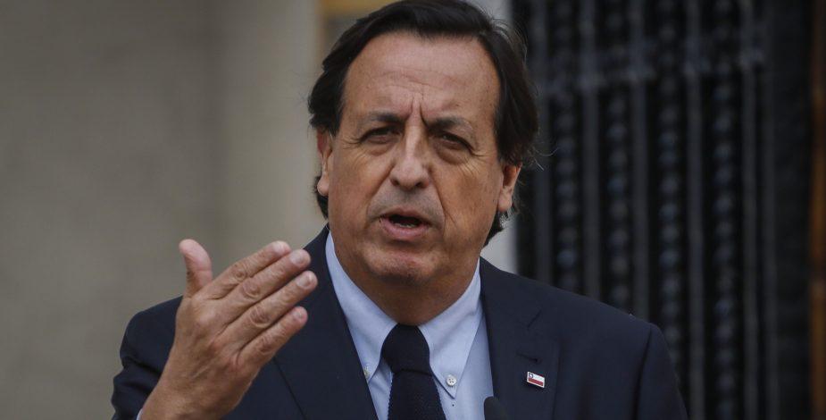 Ministro del Interior, Víctor Pérez.